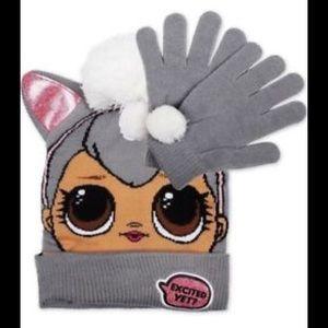 LOL Surprise Dolls Girls Winter Pom Hat Gloves Set